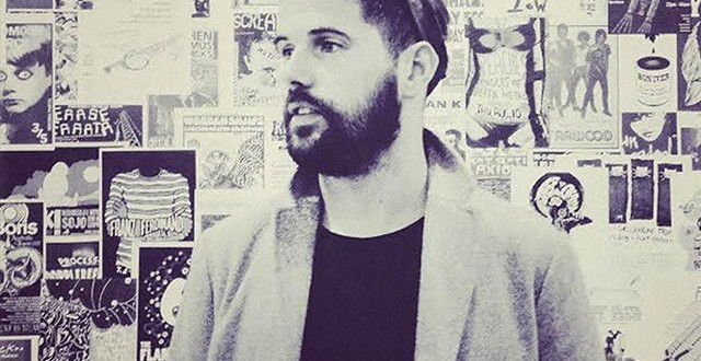 NICK MULVEY SELLS OUT ROUNDHOUSE
