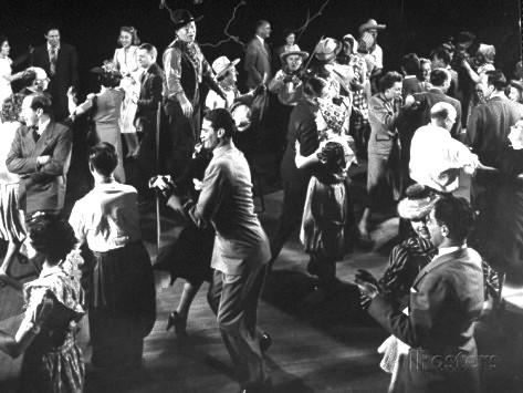 gjon-mili-people-dancing-during-gene-krupa-s-jam-session-and-square-dance-party-at-gjon-mili-s-studio