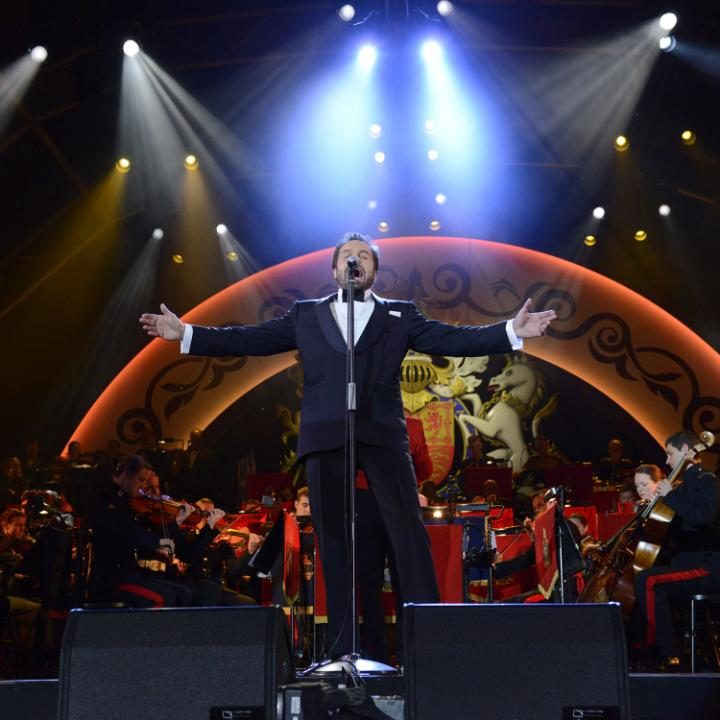 Alfie Boe to perform at Queen's 90th Birthday